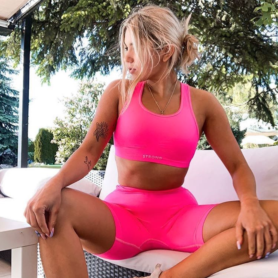 NEON PINK - MUST HAVE TEGO LATA!